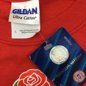 Gildan Sweaters - GILDAN NEW Men's 2011 Red Rose Bowl Badgers Shirt